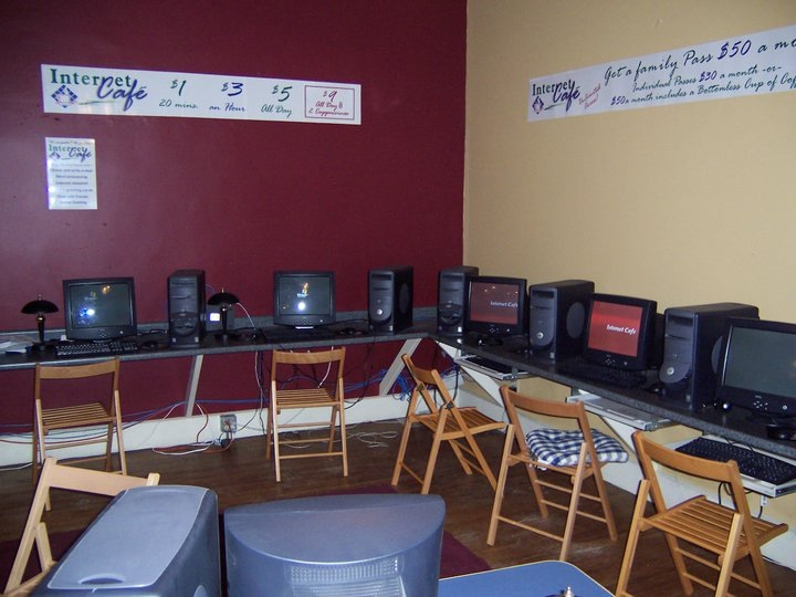 The First Internet Cafe in Lincoln circa 2001